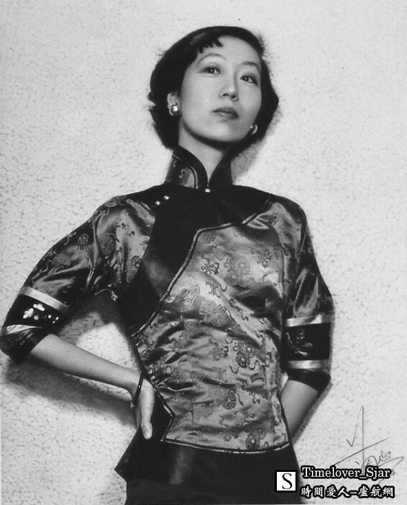 张爱玲-1954.jpg